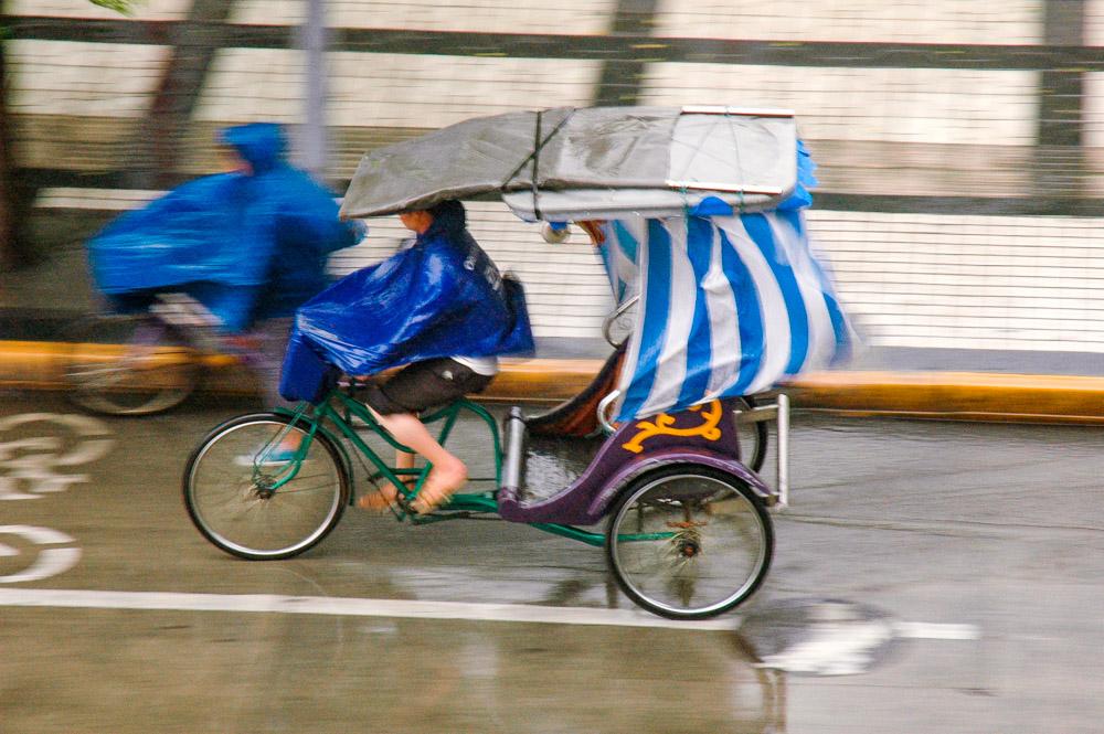 Pédaler sous la pluie