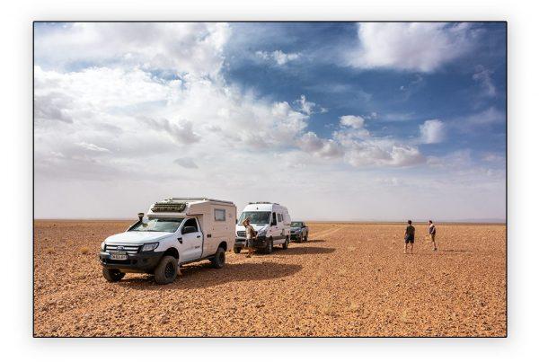 convoi dans le désert