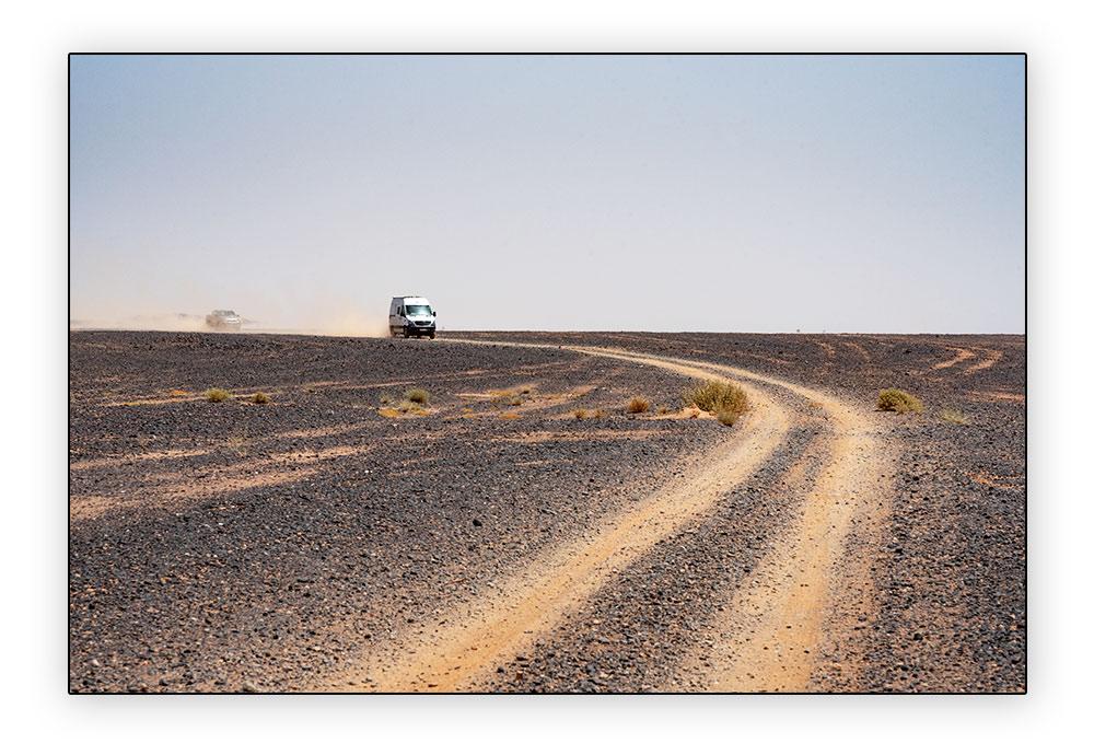 Piste dans le désert