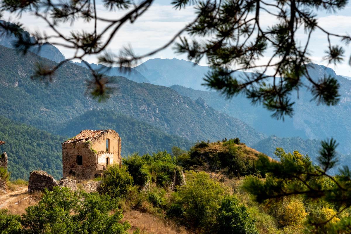 Ruines du village de Mercurols