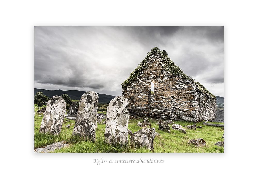 église et cimetière abandonnnés